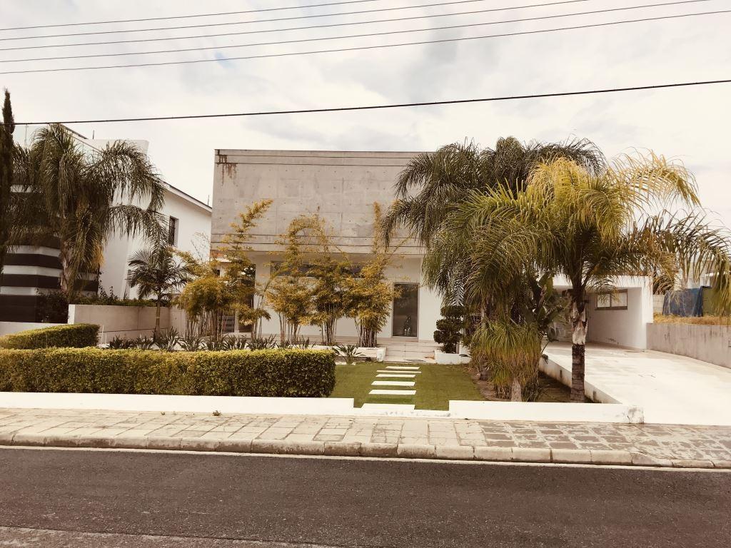 Недвижимость на Продажу: Дом (Отдельный), Арадиппу, Ларнака | Key Realtor Кипр