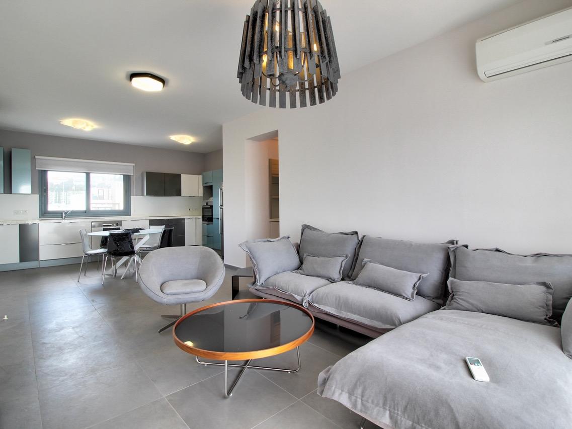 Недвижимость на Продажу: Апартаменты (Квартира), Туристический район Гермасойа, Лимассол | Key Realtor Кипр